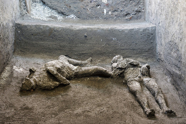 Khai quật tàn tích vụ phun trào núi lửa kinh hoàng nhất lịch sử, các nhà khảo cổ bàng hoàng khi chứng kiến cảnh tượng ám ảnh - Ảnh 1.