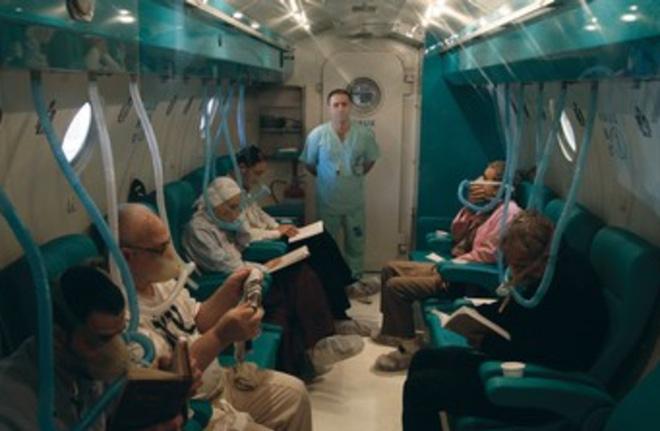 Một bác sĩ người Israel tìm ra cách đảo ngược quá trình lão hóa trên người - Ảnh 3.