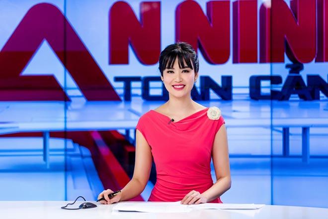 Sắc vóc tuổi 44 của cựu Hoa hậu Việt Nam có vòng eo hấp dẫn nhất - Ảnh 5.