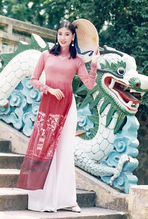 Choáng ngợp trước khối tài sản khủng của ba Hoa hậu giàu nhất Việt Nam - ảnh 1