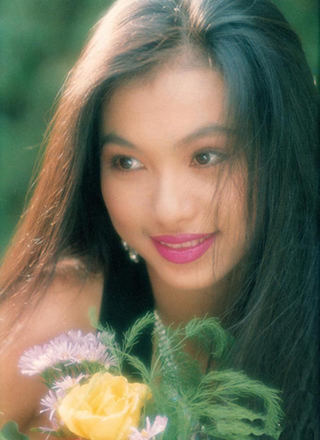 Choáng ngợp trước khối tài sản khủng của ba Hoa hậu giàu nhất Việt Nam - ảnh 14