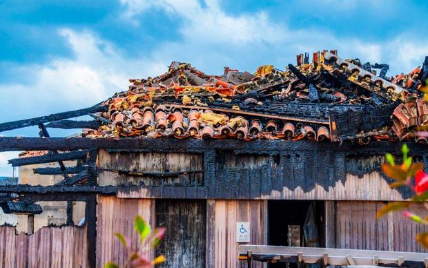 Toà lâu đài đen đủinhất Nhật Bản: Mới 600 tuổi mà bị thiêu rụi tới 5 lần, giờ chỉ còn tàn tích - Ảnh 4.