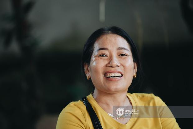 Độc quyền phỏng vấn bố mẹ Đỗ Thị Hà: Hé lộ lý do bật khóc ở đêm Chung kết, làm rõ loạt ồn ào và tình trạng yêu đương của tân Hoa hậu - Ảnh 9.