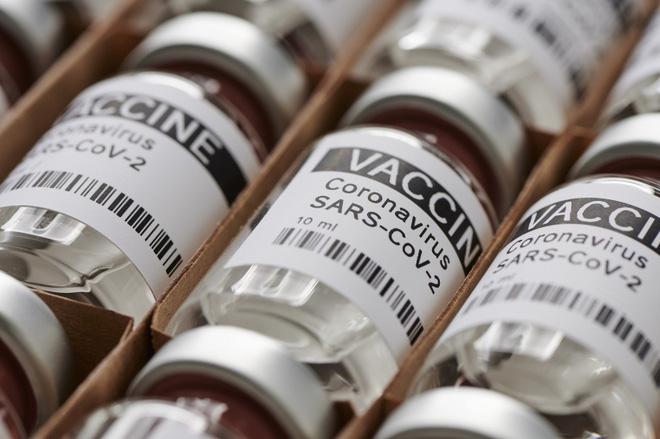 Một sai lầm ngớ ngẩn đã vô tình làm tăng hiệu quả của một loại vắc xin COVID-19 - Ảnh 1.