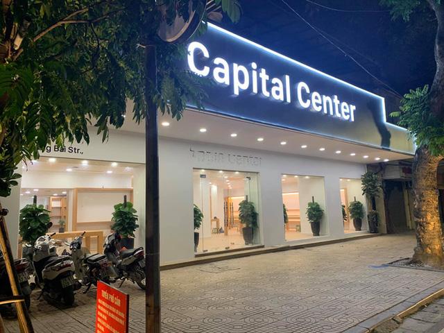 Apple Store nhái tại Hà Nội bị đổi tên thành Capital Center, logo táo khuyết bị gỡ - Ảnh 3.