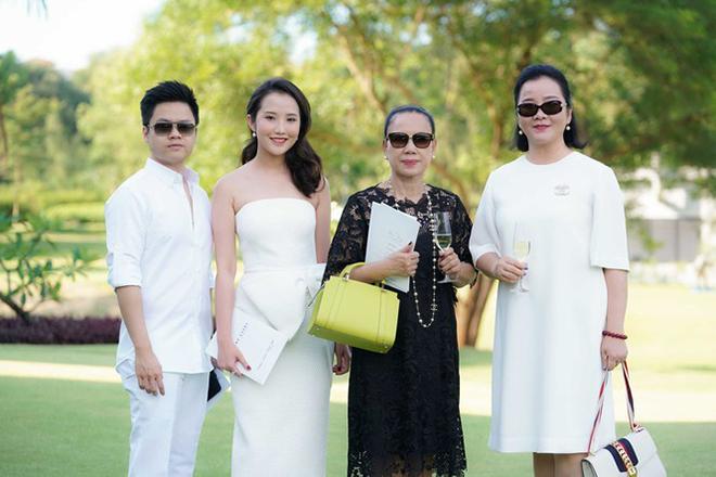 Vợ sắp cưới của Phan Thành: Thi trượt hoa hậu, là tiểu thư có mẹ ruột quyền lực - Ảnh 6.