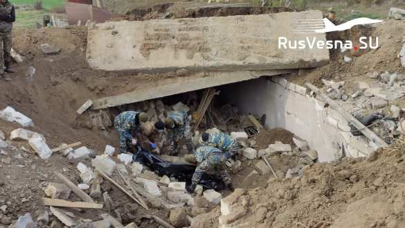 Báo Nga: Hàng nghìn thi thể nằm rải rác ở Shusha - Cuộc thảm sát khủng khiếp ở Karabakh - Ảnh 1.