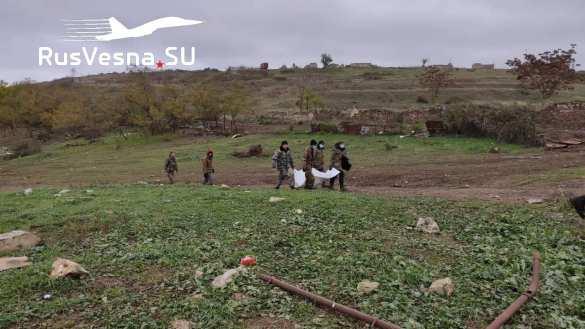 Báo Nga: Hàng nghìn thi thể nằm rải rác ở Shusha - Cuộc thảm sát khủng khiếp ở Karabakh - Ảnh 6.