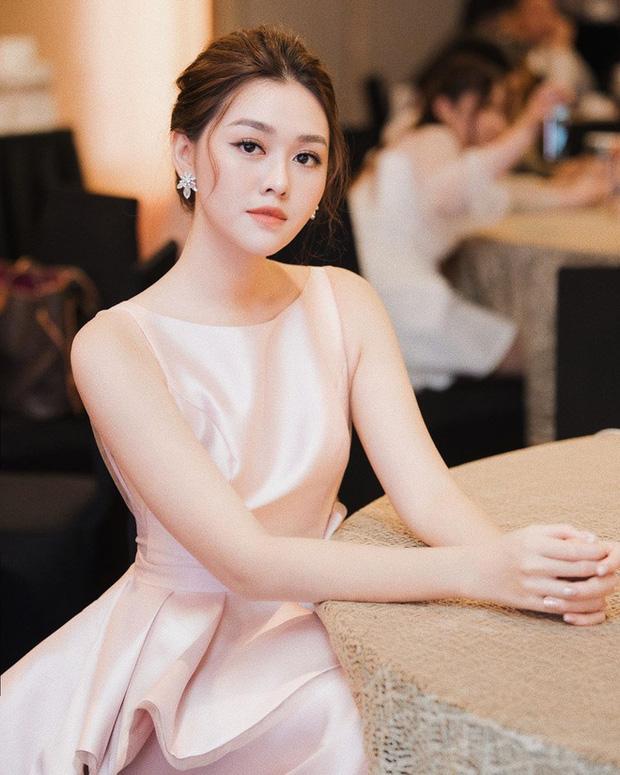 Hé lộ lý do đằng sau việc Á hậu Tường San kết hôn ở tuổi 20 và còn đang trong nhiệm kỳ - Ảnh 2.