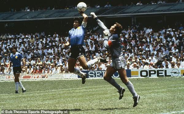 """Nạn nhân vụ """"Bàn tay của Chúa"""" lên tiếng, hé lộ về Maradona và ký ức ám ảnh suốt 34 năm"""