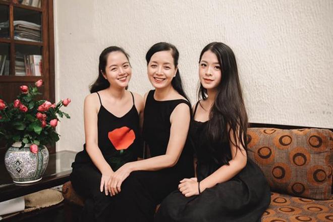 Con gái NSƯT Chiều Xuân: 16 tuổi ăn mặc sexy, được thoải mái yêu đương - Ảnh 1.