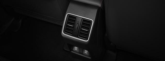 Ra mắt Honda City e:HEV ăn xăng chỉ 3,66L/100km, full option nhất từ trước tới nay nhưng đắt hơn cả trăm triệu so với bản thường - Ảnh 4.