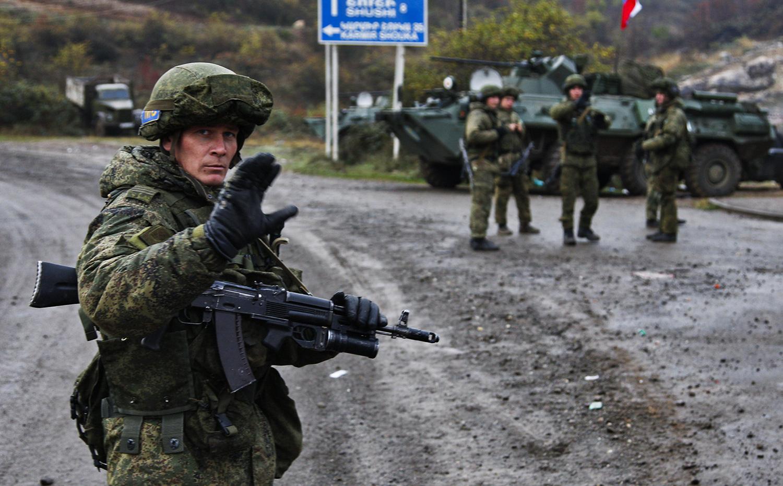 """Vị thế """"không đáng thèm muốn"""" của Gấu ở Karabakh: Cơ hội cho Thổ, hố đen đang chờ Nga?"""