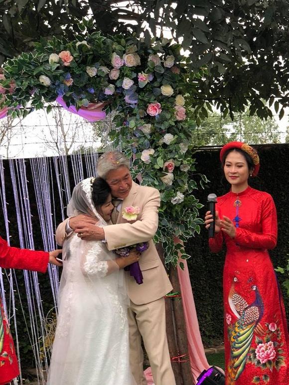 NSND Thanh Hoa: 68 tuổi mới được làm cô dâu, khóc nhiều hơn cười - Ảnh 4.