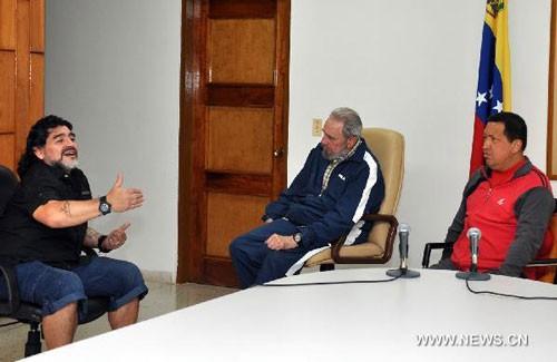 Tình bạn đẹp của Diego Maradona với các chính trị gia - Ảnh 2.