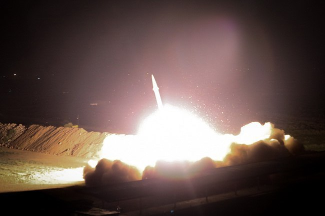 Cha đẻ chương trình hạt nhân bị ám sát: Đòn trả thù tàn khốc của Iran sẽ diễn ra như thế nào? - Ảnh 1.