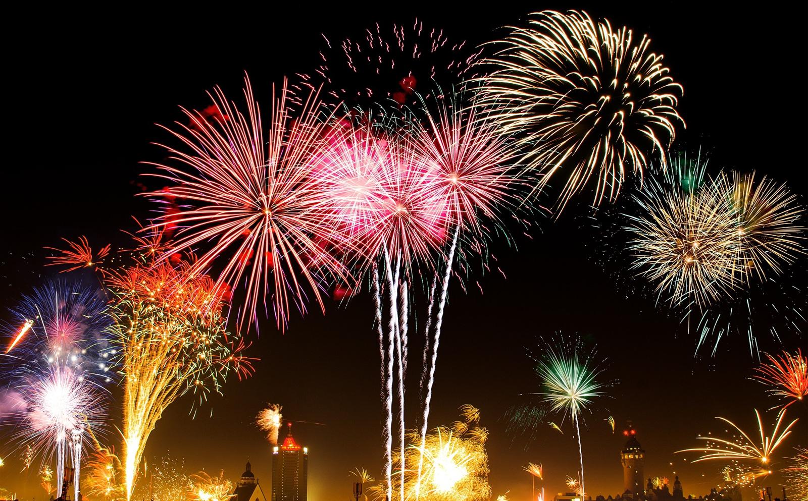 Từ 11/1/2021, người dân được sử dụng pháo hoa dịp lễ, Tết, sinh nhật, đám cưới