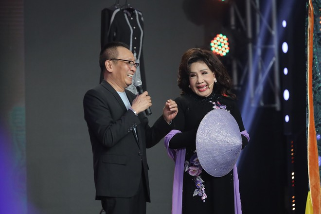 Chân dung nữ NSND là thần tượng của MC Lại Văn Sâm, khiến anh phải năn nỉ trên truyền hình - Ảnh 3.