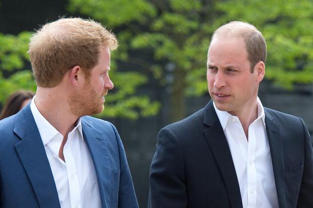 Lý do chính vì sao Meghan Markle bất ngờ chia sẻ về việc bị sảy thai, Hoàng gia Anh và Công nương Kate đã phản ứng ra sao? - Ảnh 2.