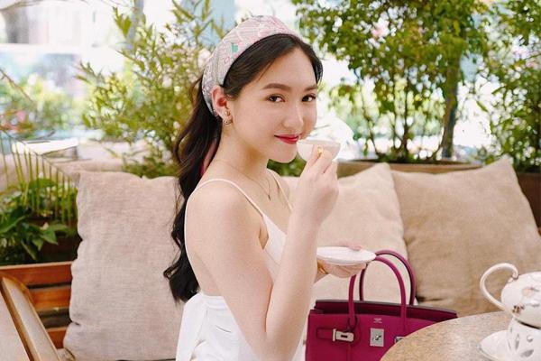 Hai bạn thân là tiểu thư giàu có, nổi tiếng Sài thành của vợ sắp cưới Phan Thành - Ảnh 16.