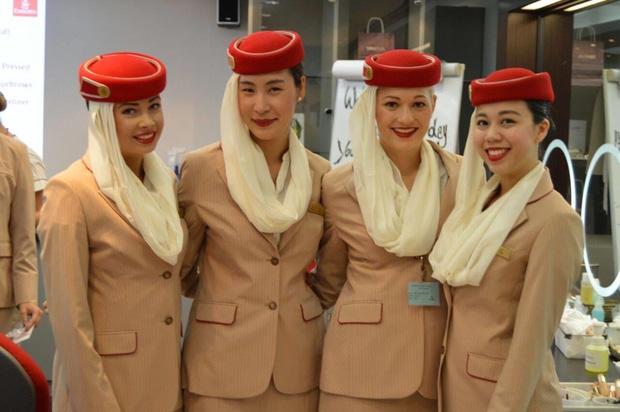 6 tháng làm tiếp viên của hãng hàng không đắt giá nhất hành tinh: Lương 2000$/tháng, đồng nghiệp 'mean' và... tình 1 đêm - ảnh 4