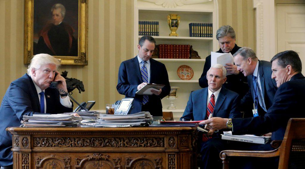 Tạm biệt Donald Trump: Khép lại 4 năm khác biệt trong lịch sử nước Mỹ - Ảnh 15.