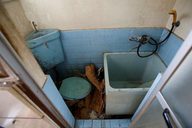 Cô gái làm nghề dọn dẹp nhà cửa hậu những cái chết cô độc ở Nhật: Trên cả công việc làm công ăn lương là vô vàn nỗi niềm dành cho người đã khuất - Ảnh 3.