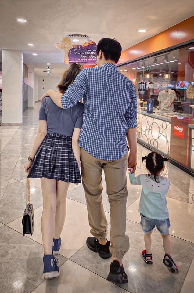 """Chuyện tình đặc biệt của bà mẹ đơn thân và chàng """"phi công"""" kém 5 tuổi, chiều cao chênh nhau đến 30cm - Ảnh 3."""