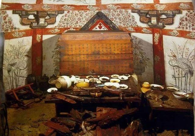 Điều bất ngờ trong lăng mộ trống khiến nhà khảo cổ vò đầu bứt tai - Ảnh 6.