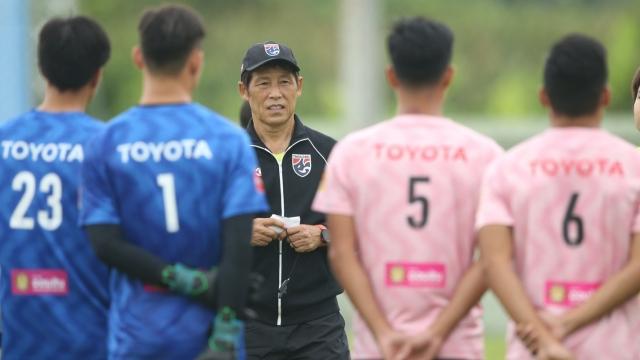 Đặng Văn Lâm bị gạch tên khỏi trận đấu với ĐT Thái Lan vì lý do kỳ quặc - Ảnh 1.
