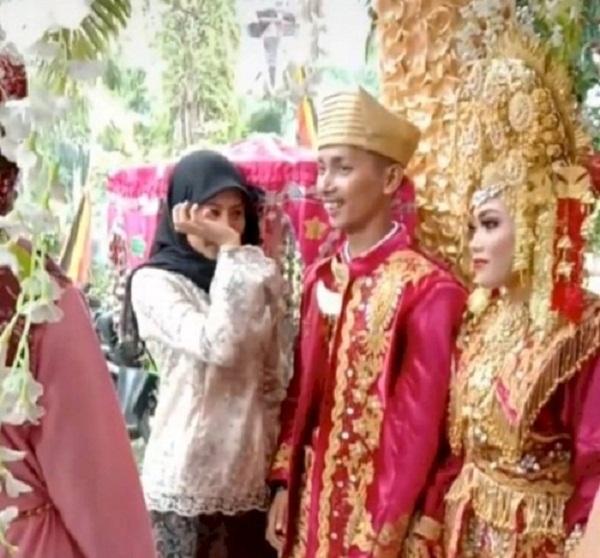 Chú rể thản nhiên ôm người yêu cũ ngay trong đám cưới, cô dâu tức tái mặt - Ảnh 2.