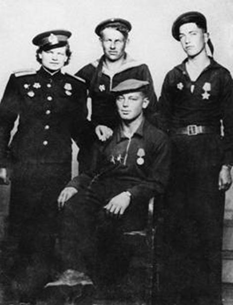 Nữ chỉ huy lính thủy đánh bộ duy nhất của Liên Xô - Ảnh 3.