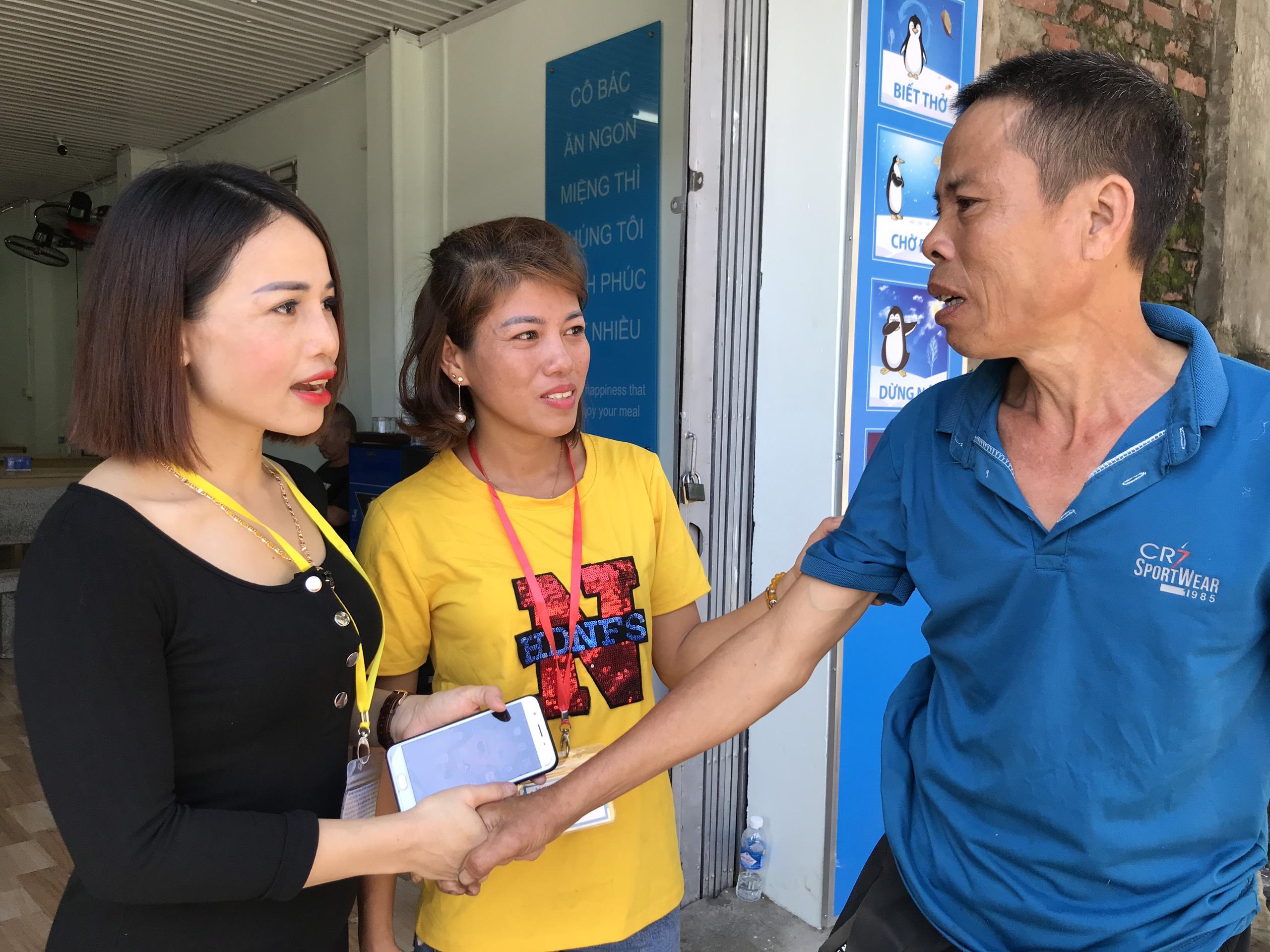 Quán cơm 2000 đồng đầu tiên ở Nghệ An: Ai không có tiền vẫn mời họ vào ăn - Ảnh 17.