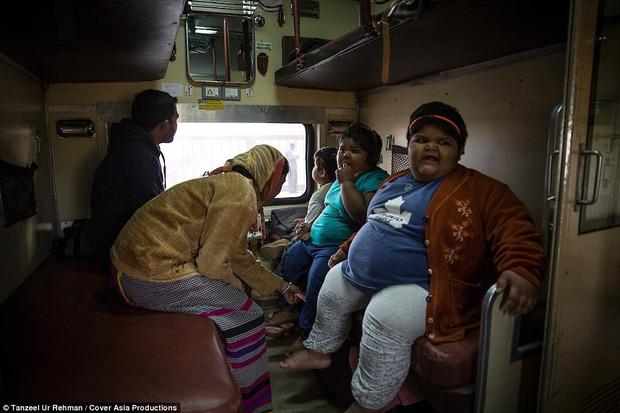 Gia đình nghèo có 3 con bị bệnh béo phì, bố đòi bán thận kiếm tiền cứu chữa từng thu hút sự chú ý của truyền thông thế giới giờ ra sao? - Ảnh 8.