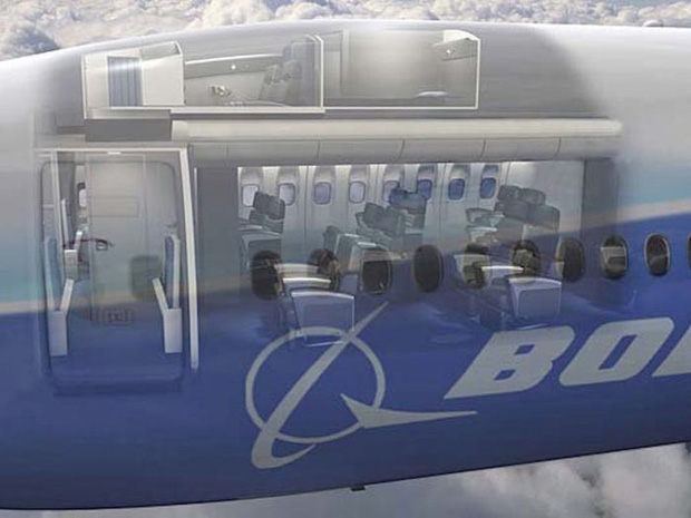 Soi cận cảnh chỗ nghỉ của các tiếp viên và phi công trên máy bay, có khi họ đang nằm ngủ ngay… dưới chân bạn đấy! - Ảnh 4.