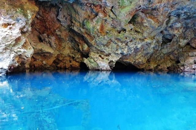 Tìm thấy 10 bộ xương dưới đáy hồ, đội khảo cổ lạnh người nhận ra mồ chôn dưới nước - Ảnh 1.