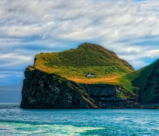 Sự thật về ngôi nhà cô độc bí ẩn nhất thế giới, nằm trơ trọi giữa hòn đảo hoang đẹp như tiên cảnh, khác xa với đồn đoán của dân mạng - Ảnh 6.