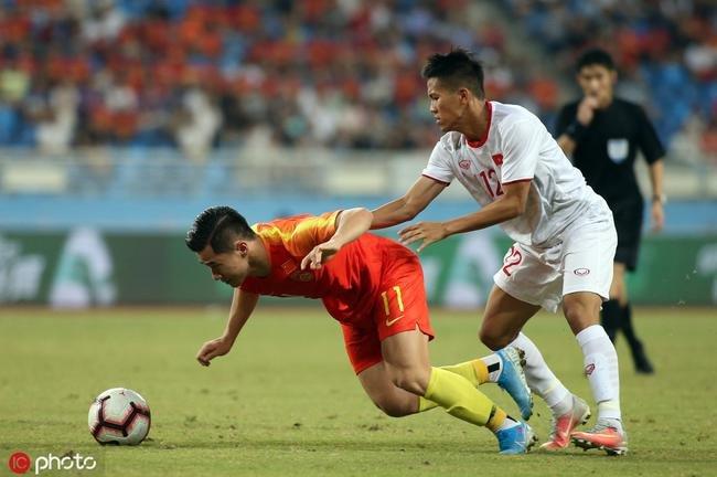 Nhắc tên Việt Nam, CĐV Trung Quốc mỉa mai 6 đại mục tiêu thất bại của bóng đá nước nhà - Ảnh 3.