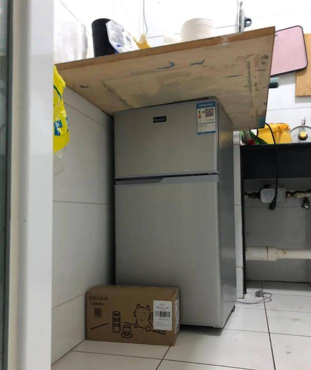 Hội FA xứ Trung khoe tủ lạnh: Người dùng bảo quản chăn bông và ô tô đồ chơi, kẻ lấy chỗ tích trữ đồ ăn cho quàng thượng - Ảnh 4.