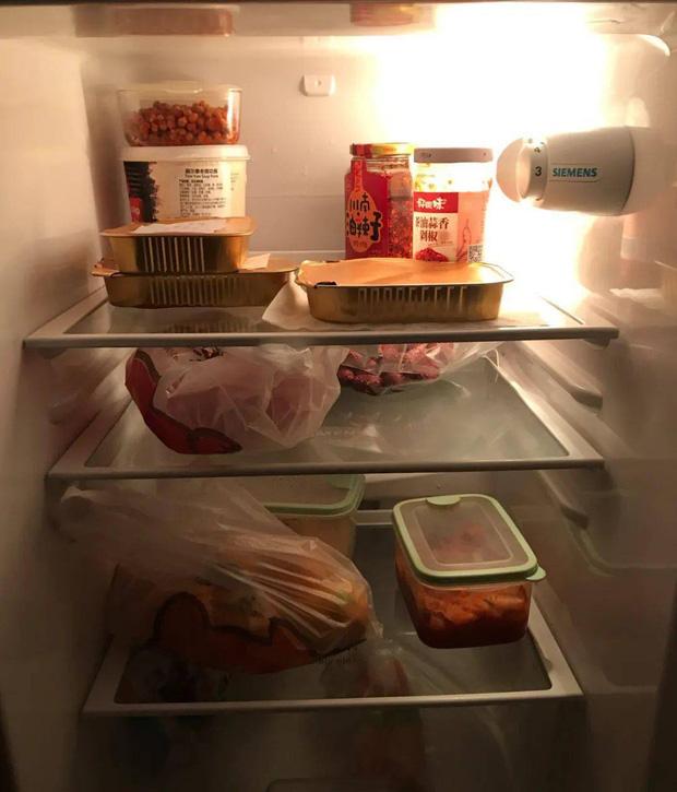 Hội FA xứ Trung khoe tủ lạnh: Người dùng bảo quản chăn bông và ô tô đồ chơi, kẻ lấy chỗ tích trữ đồ ăn cho quàng thượng - Ảnh 5.