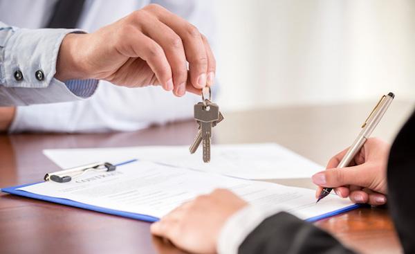 Làm thế nào để tránh rủi ro khi ký hợp đồng đặt cọc mua nhà đất? - Ảnh 1.