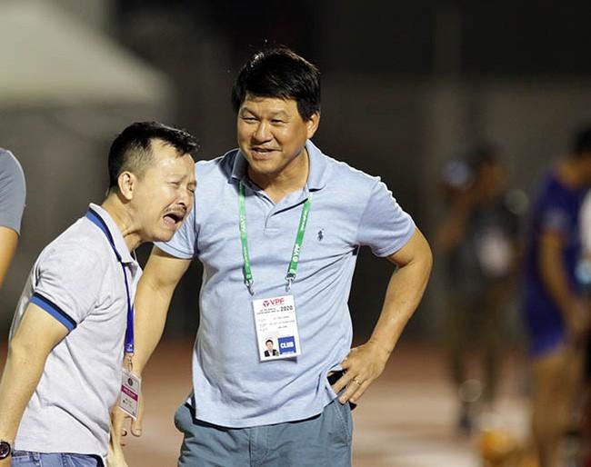 Lại thêm một CLB tố HLV Vũ Tiến Thành 'đi đêm' với cầu thủ - Ảnh 1.