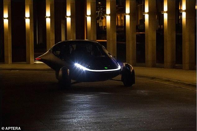 Xe điện không cần sạc chạy bằng năng lượng Mặt Trời - Ảnh 3.