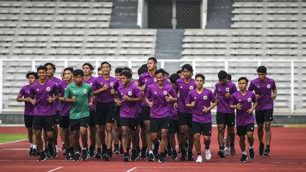 Đối thủ của thầy trò HLV Park Hang-seo muốn đấu Barcelona trước thềm đấu trường World Cup - Ảnh 1.