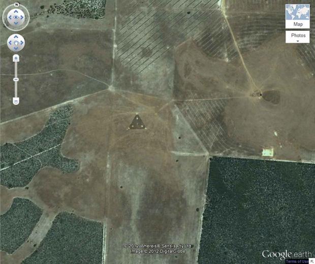 Những địa điểm kỳ lạ được phát hiện bởi Google khiến con người phải kinh ngạc - Ảnh 3.