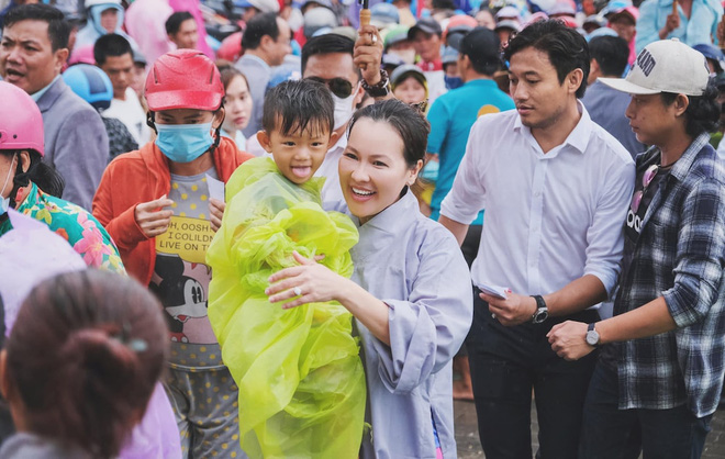 Tài năng như vợ đại gia của Quý Bình: Là CEO công ty địa ốc hàng đầu Phú Quốc, lướt sóng cổ phiếu 2 tháng kiếm cả tỷ đồng  - Ảnh 4.