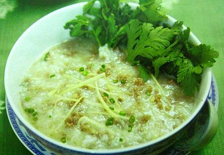 Món ăn thuốc từ rau cải cúc - Ảnh 1.