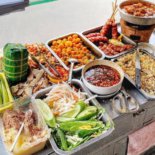 Điểm danh 4 xe bánh mì 'đỉnh của chóp' ở Sài Gòn, chỉ mới nghe thôi là muốn thưởng thức ngay - ảnh 9