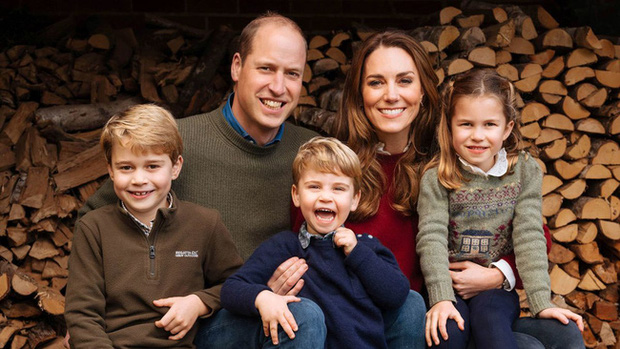 Ảnh thiệp Giáng sinh của gia đình Công nương Kate.