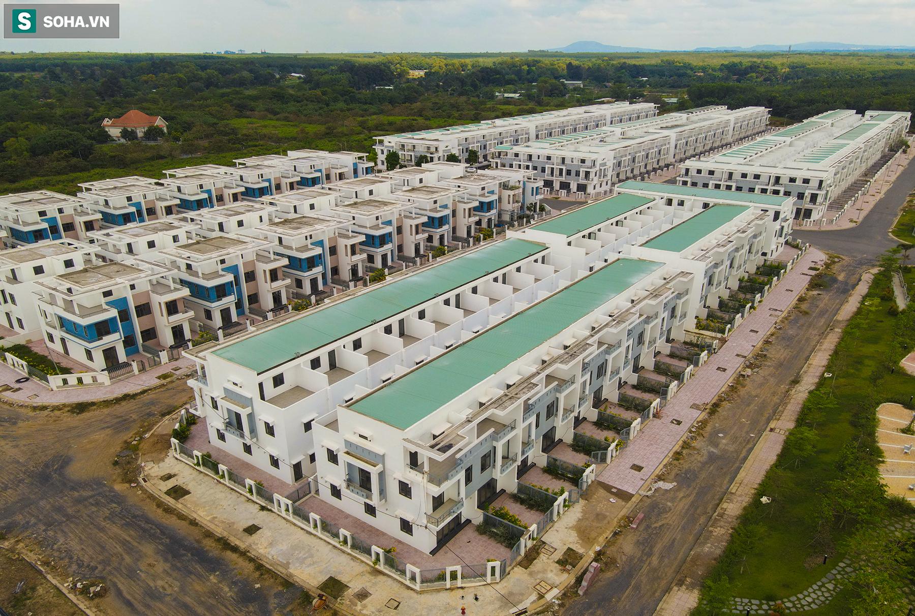 [Ảnh] Cận cảnh dự án với gần 700 căn nhà trái phép, được quảng cáo là đô thị thông minh đầu tiên tại Việt Nam - Ảnh 4.
